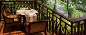 Zahradní stůl na terasu