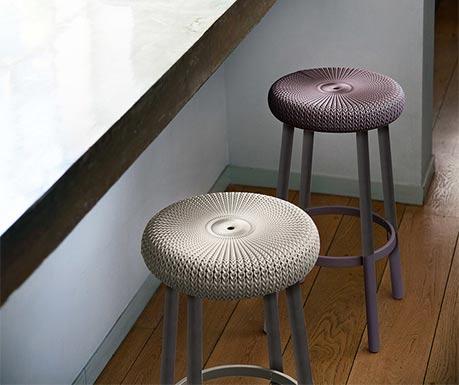 Estetická barová židlička