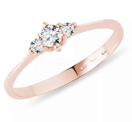 Diamantový zásnubní prsten v růžovém zlatě